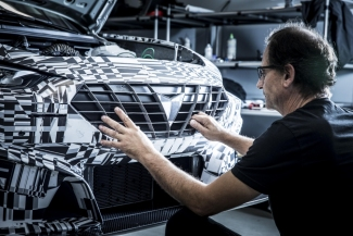 CUPRA commits to 3D printing in the development of the new Leon Competition.